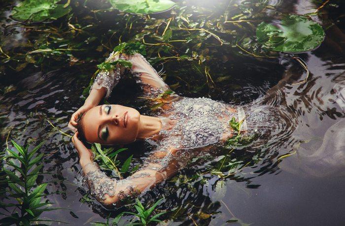 body-of-water-dress-model-2337496