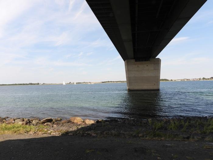 Unter-der-Brücke
